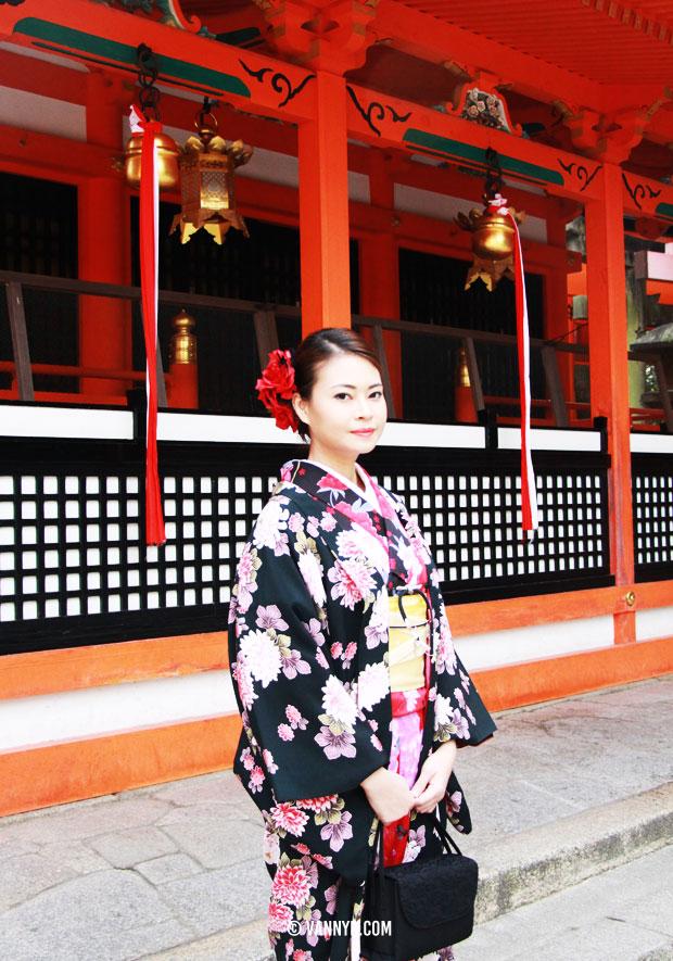 kimono-kyoto-fushimi-inari-taisha-1