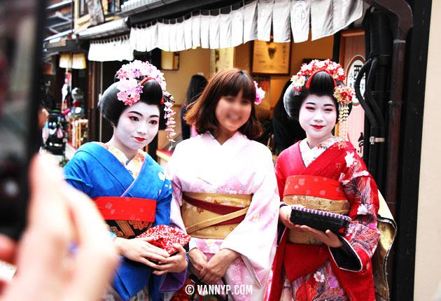 kimono-kyoto-fushimi-inari-taisha-15