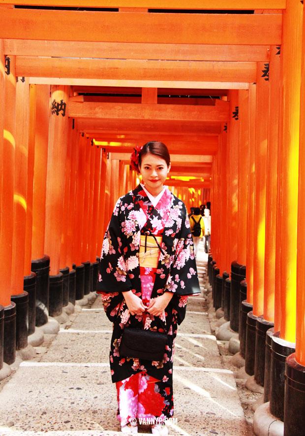 kimono-kyoto-fushimi-inari-taisha-3