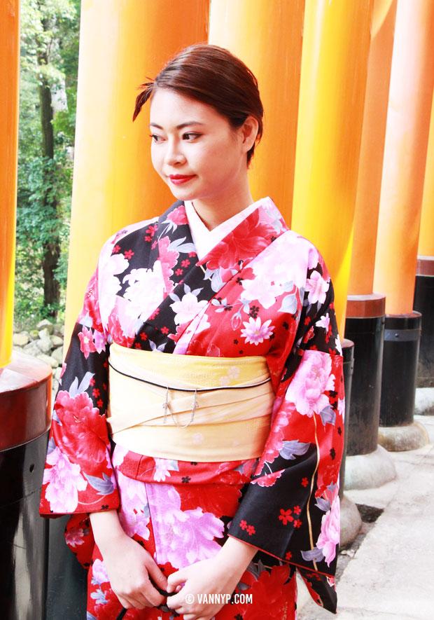 kimono-kyoto-fushimi-inari-taisha-7